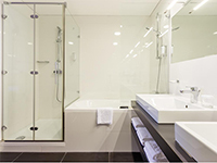 Ванная комната, Habakuk 4*, Марибор, Словения