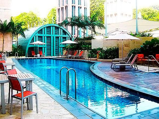 Resorts World Sentosa: Hotel Michael - Swimming Pool