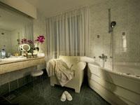 Ванная-комната, Best Western Premier Hotel Slon 4*, Любляна, Словения